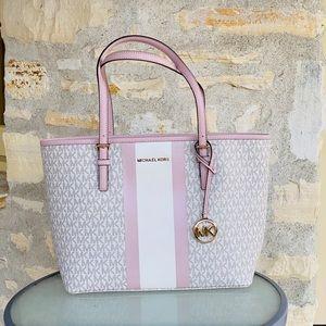 NWT Michael Kors md carry all signs tote handbag